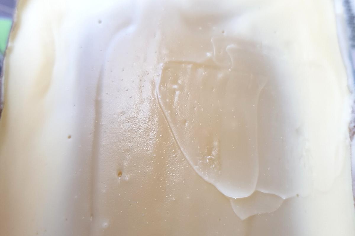 Auf diesem Bild ist eine Seife in der beginnenden Gelphase zu sehen.